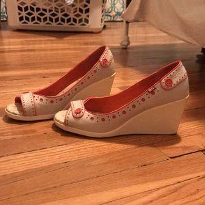 Adorable BC Footwear Wedge Heels